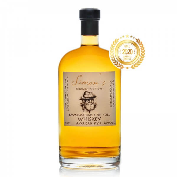 Produktbild einer Flasche Simons Bavarian Single Pot Still Whiskey American Style